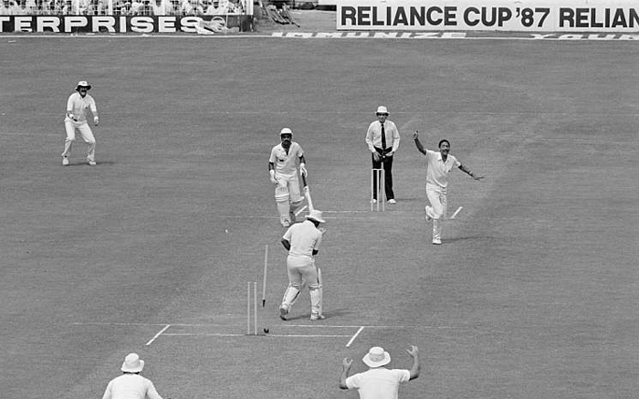 England team in India in 1987