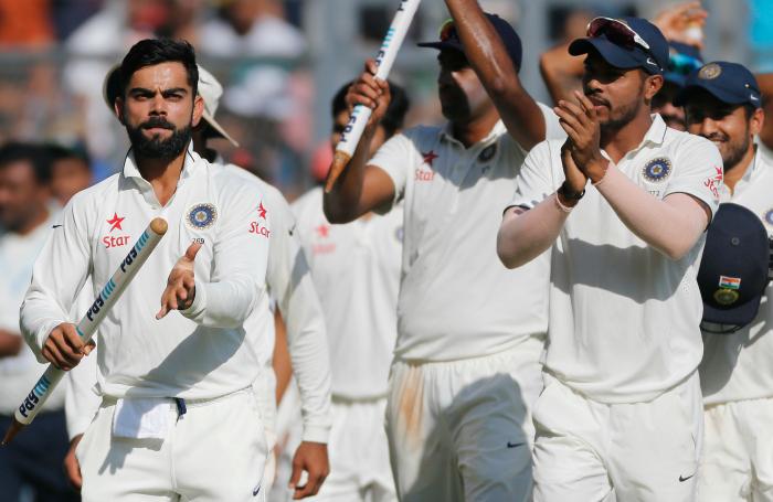 Kohli with team