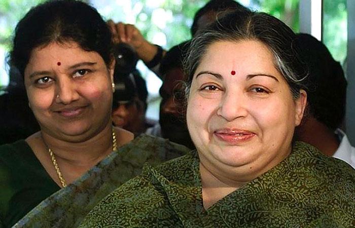 Sasikalaa with Jayalalithaa