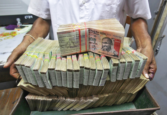 Racket converting black money into white unearthed in Odisha, Rs 1.42 crore seized