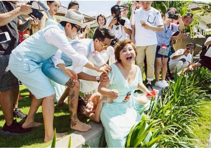 CHINA BRIDESMAIDS