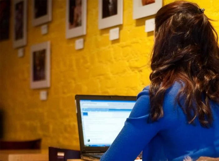10 email etiquette rules every professional