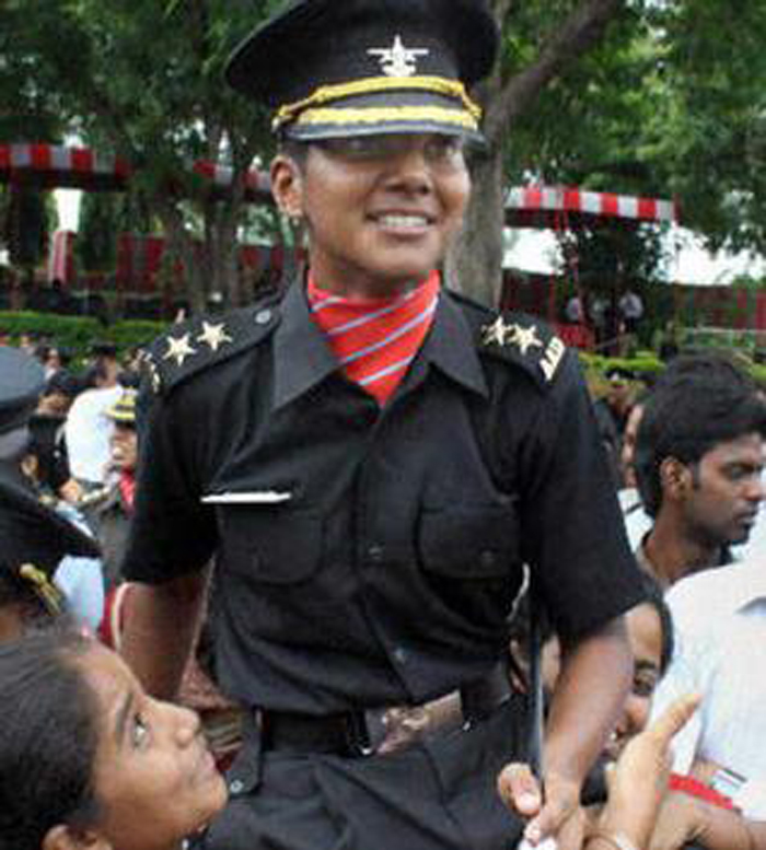 , First Lady Cadet To Bag The Prestigious Sword Of Honour, Has Inspired Women