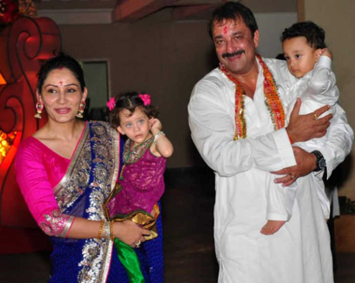 sanjay dutt family