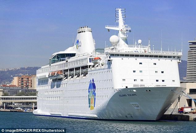 Ocean liner migrants