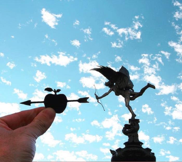 Statue of Eros, London
