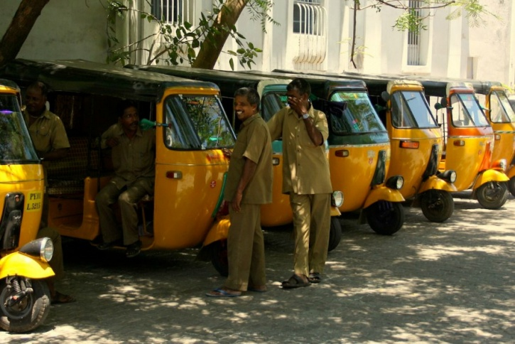 This Chennai Auto Driver Pledged His Auto To Save The Life Of His Passenger