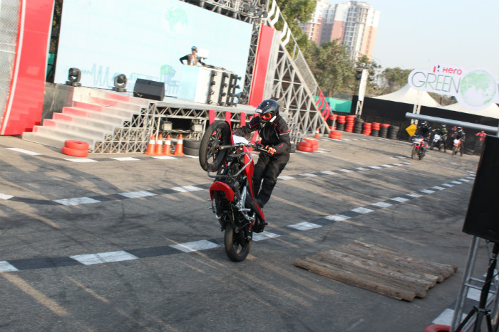 Stunt rides
