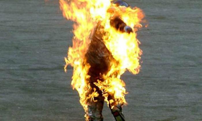 Drunk man sets wife ablaze