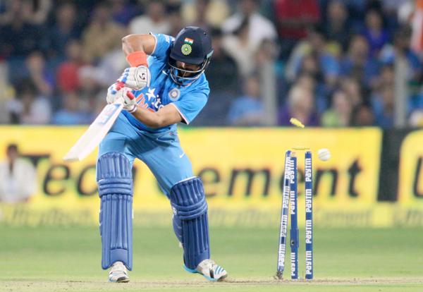 Suresh Raina bowled