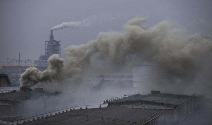 Mumbai chokes as air quality worsens again