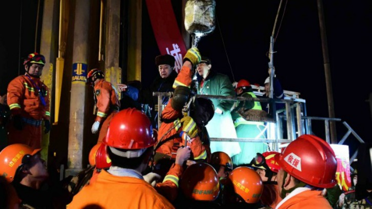 Four Chinese Men Get A Second Life After Being Trapped Inside A Collapsed Mine For 36 Days