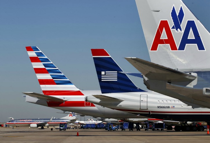 Sikh, 3 Muslims Sues American Airlines For $9 Million After Pilot Forced Them To Deboard