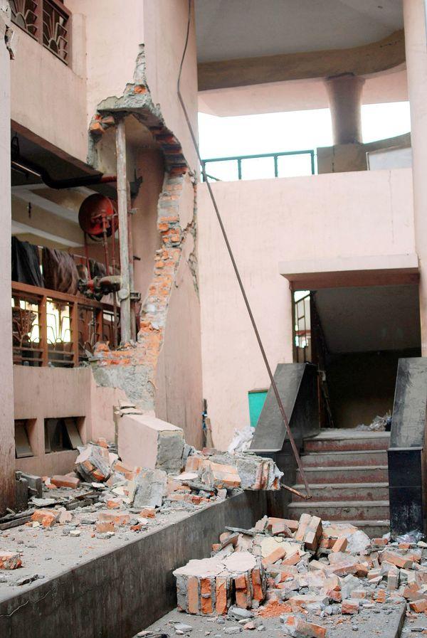 earthquake damage 1