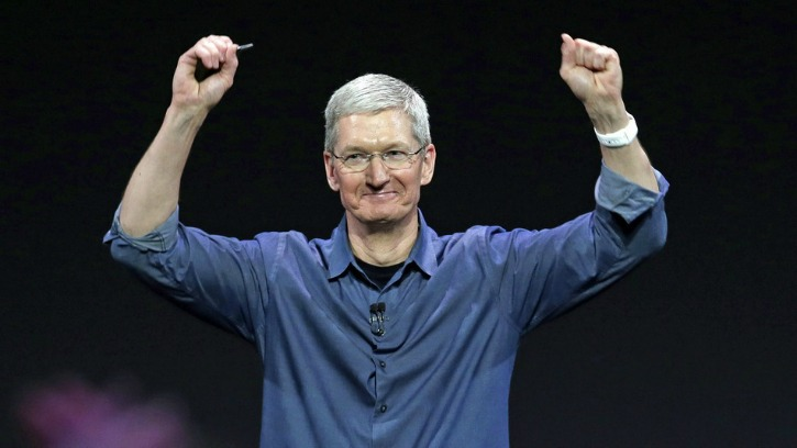 Apple CEO Tim Cook Made $10.3 Million in 2015