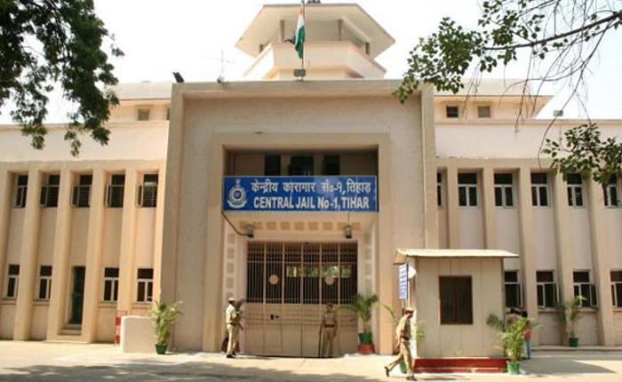 JNU VC to sponsor daughter of Tihar convict