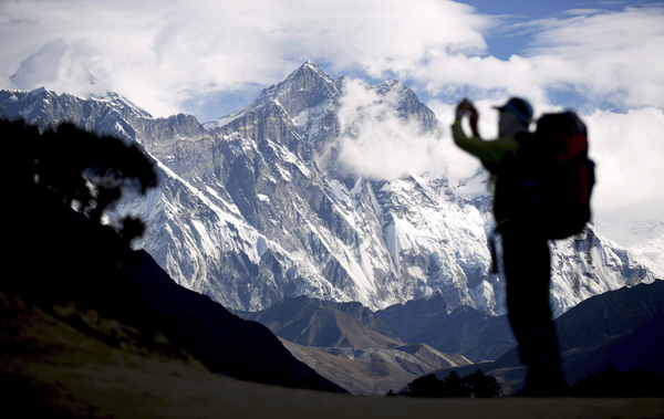 Everest in the background