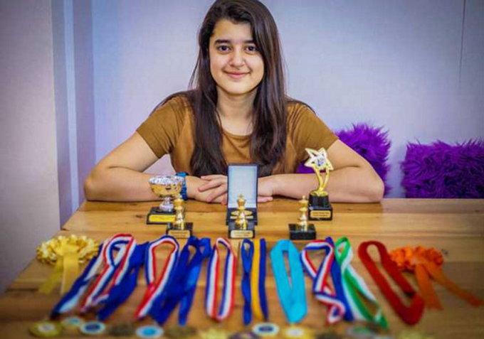 Mumbai Born Kashmea Wahi Is An 11-Year-Old Who Beat Albert Einstein And Stephen Hawking With Her IQ Score