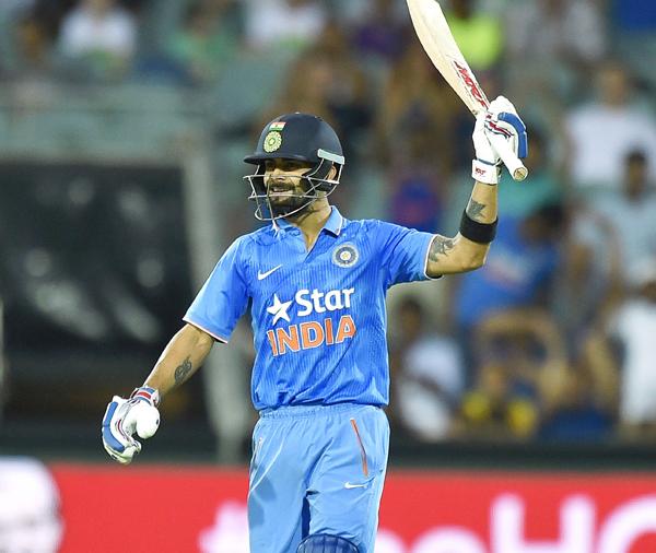 Kohli celebrates his fifty