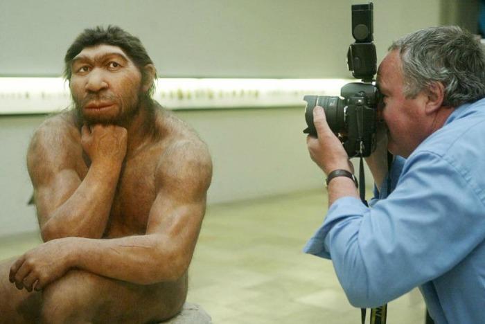 Neanderthals - representation