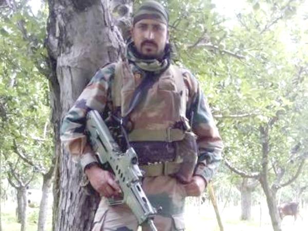 He Was Lance Naik Goswami, The Ashok Chakra Recipient Who Eliminated 11 Terrorists In 10 Days