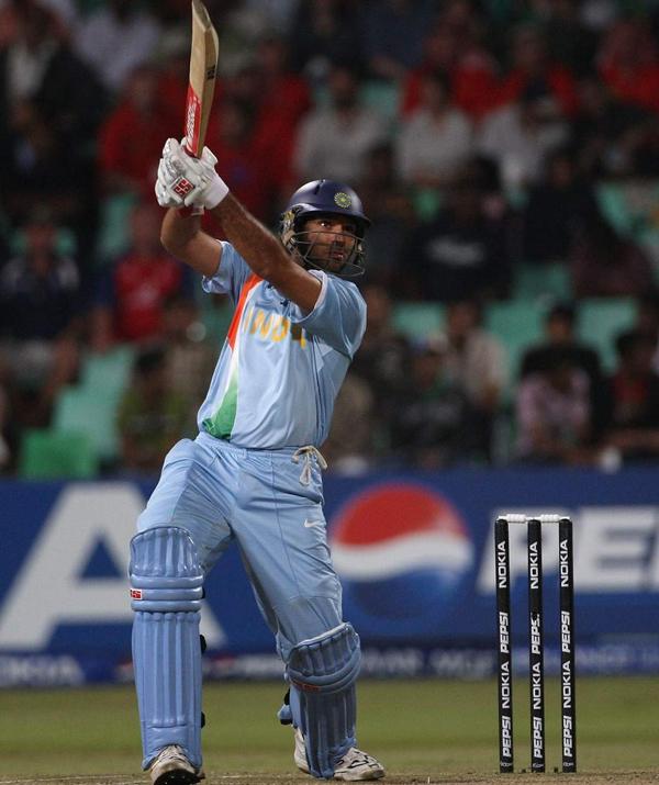 Yuvraj Singh hits Stuart Broad for 6