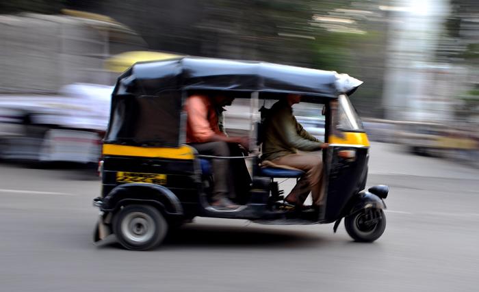 Maharashtra Auto Driver Returns Rs 1.5 Lakhs Left Behind By Passenger