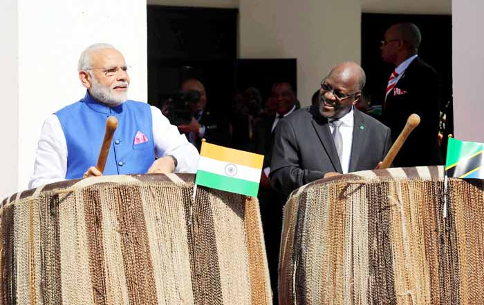 Check Out Modi Going Wild On Tanzanian Drums!