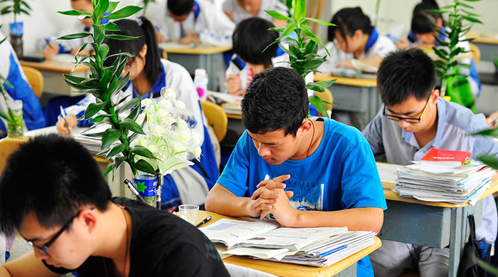 China Has Even More Fake Universities Than India!