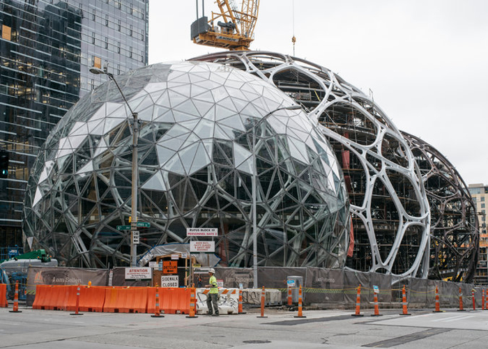 Amazon Is Building Treehouses For Employees!