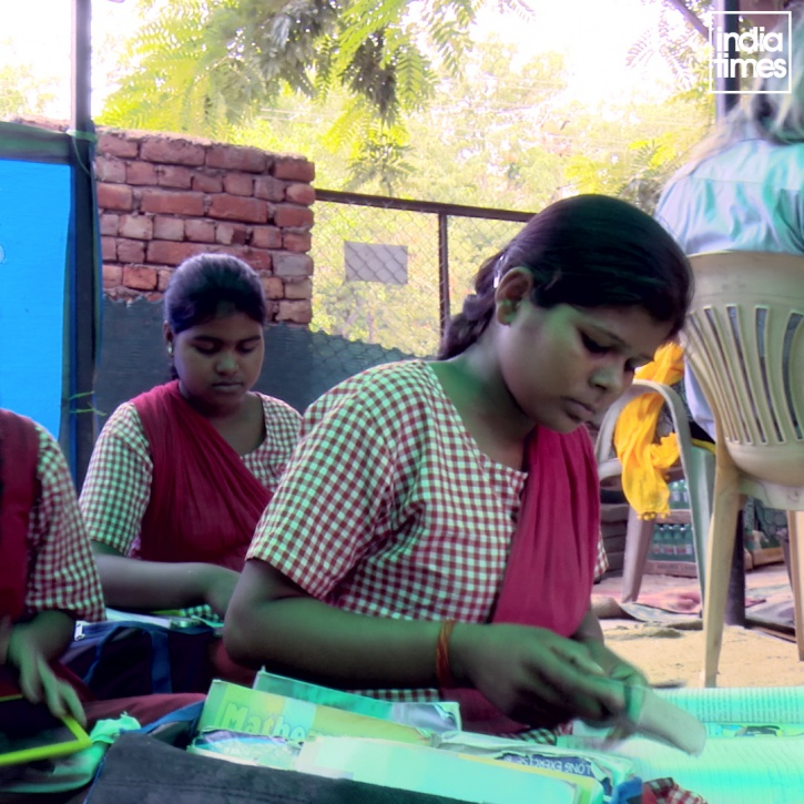 Meet Gaurav Maa Who Has Been Spending Her Entire Pension To Educate Slum Kids For Over A Decade Now