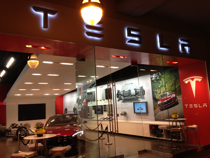 After Apple, Now Modi Woos Tesla To Make The World