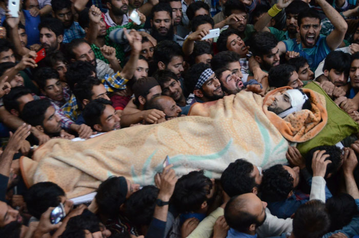 A Young Kashmiri Responds To Army Veteran's Viral Open Letter To Burhan Wani, Asks Some Uncomfo