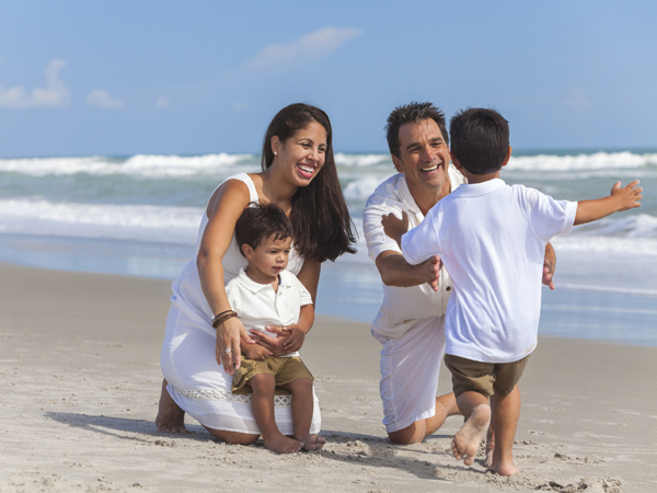 Family_At_the_Beach
