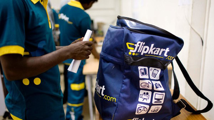 Flipkart delivery agent replaces iPhones with fakes