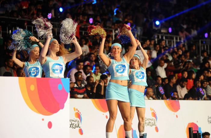 Futsal cheergirls