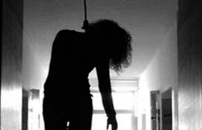 Girl Ends Life; Innocent Youth Lynched   By Mob
