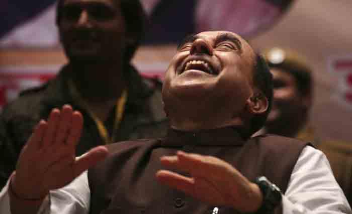 Shobha De Calls Swamy The Kamaal R Khan Of Politics!