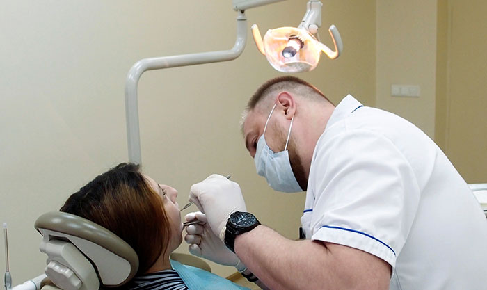 Dentist Removes Wrong Tooth, Slapped With 53k Fine