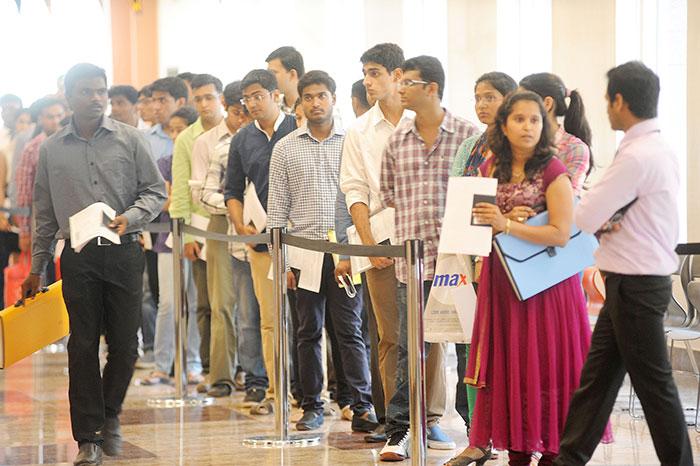 American Senator Tells Obama To Stop Issuing Visas To India