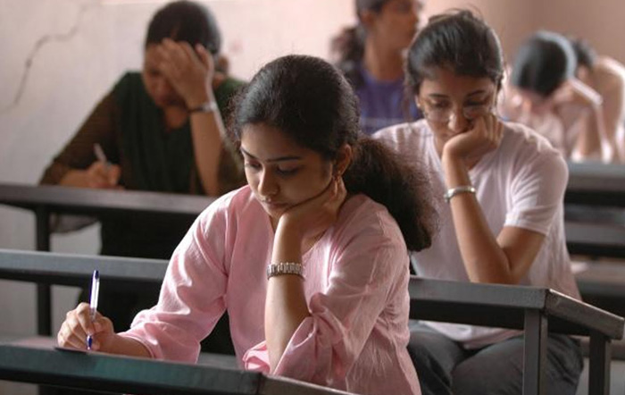 IIT-JEE Might Be Held Across 10 Countries, Including Pakistan!