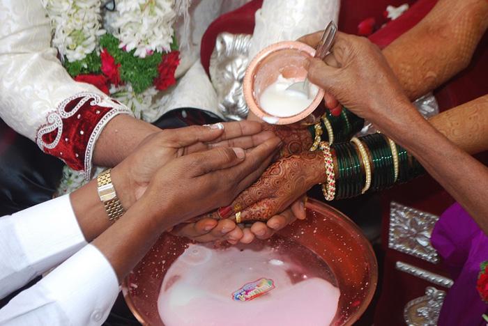 Bengaluru IT Couple Weds With Kalburgi Code