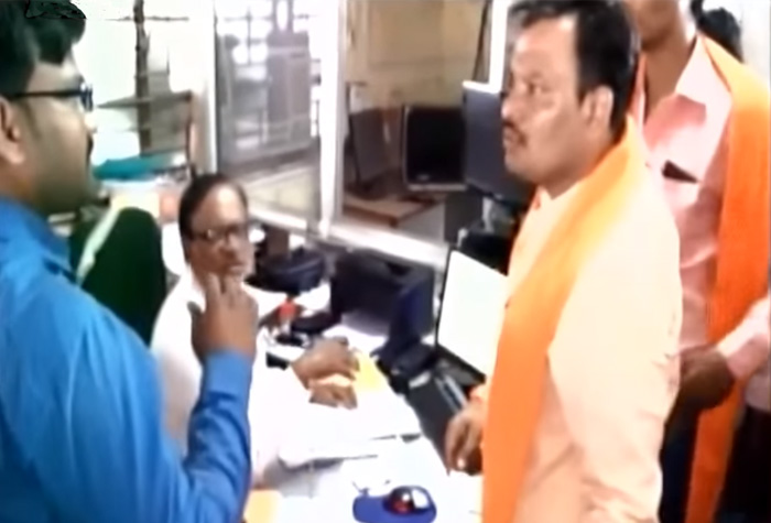 Shiv Sena leader Praveen Shinde