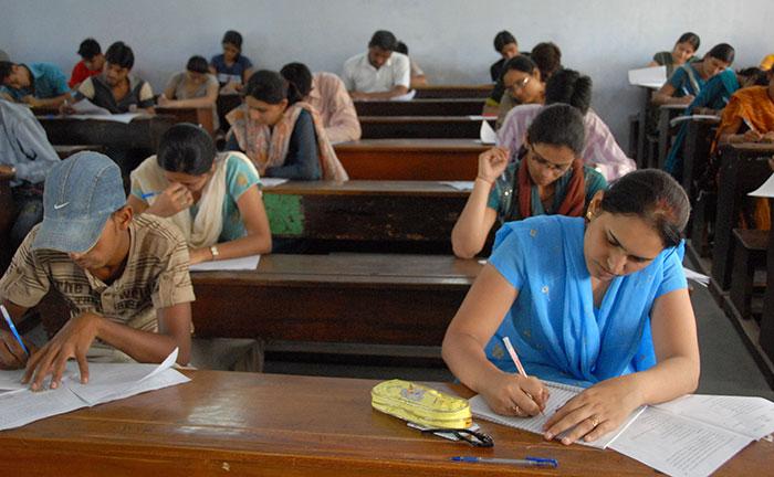 82 Gujarat University Students Can