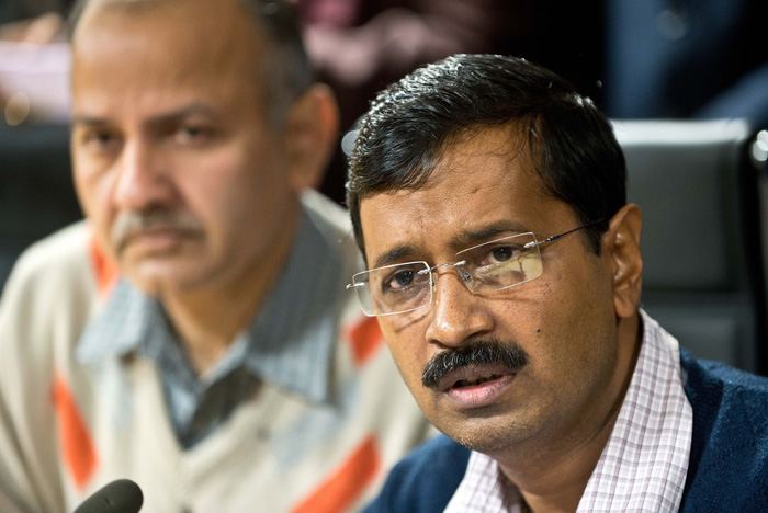 With Delhi CM Arvind Kejriwal Waging A Twitter War Against BJP And PM Narendra Modi