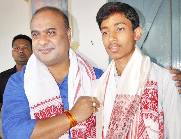Muslim Boy From RSS-Affiliate School Tops Assam Class X Exam