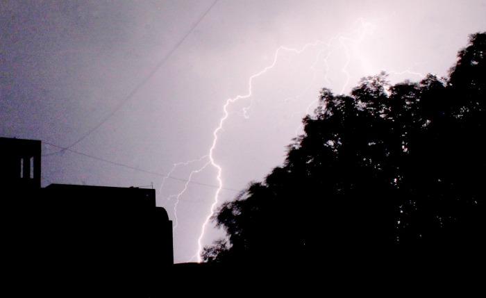 Lightning Kills More Than 50 In Bihar 42 In UP