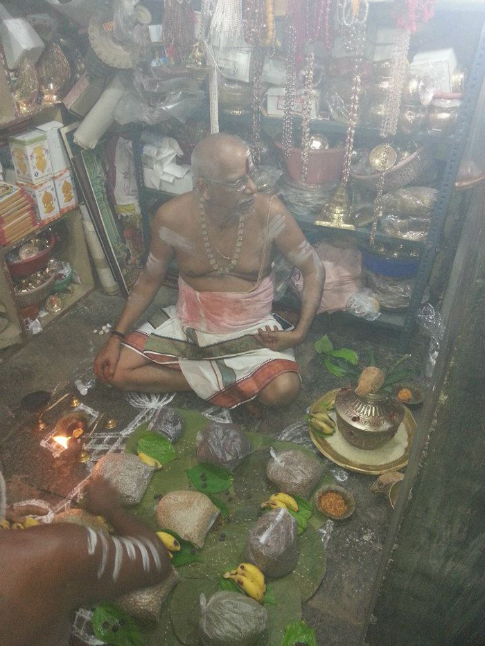 In Chennai, A Temple Priest Is Organising A Facebook Meet To Spread Harmony