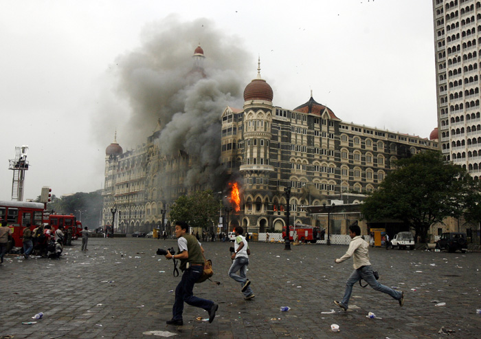 Here Is The Story of  Unsung Hero And US Marine Ravi Dharnidharka who saved 157 Lives In Taj Hotel On 26/11 AFP