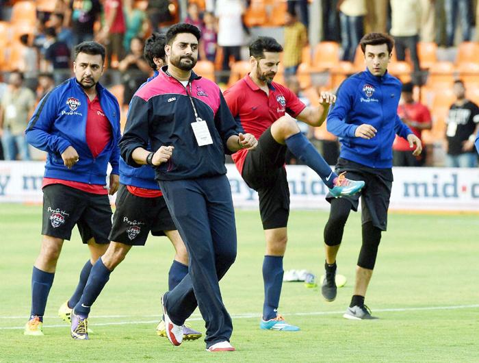 Abhishek Bachchan practicing